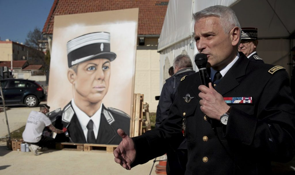 hommage colonel Beltrame